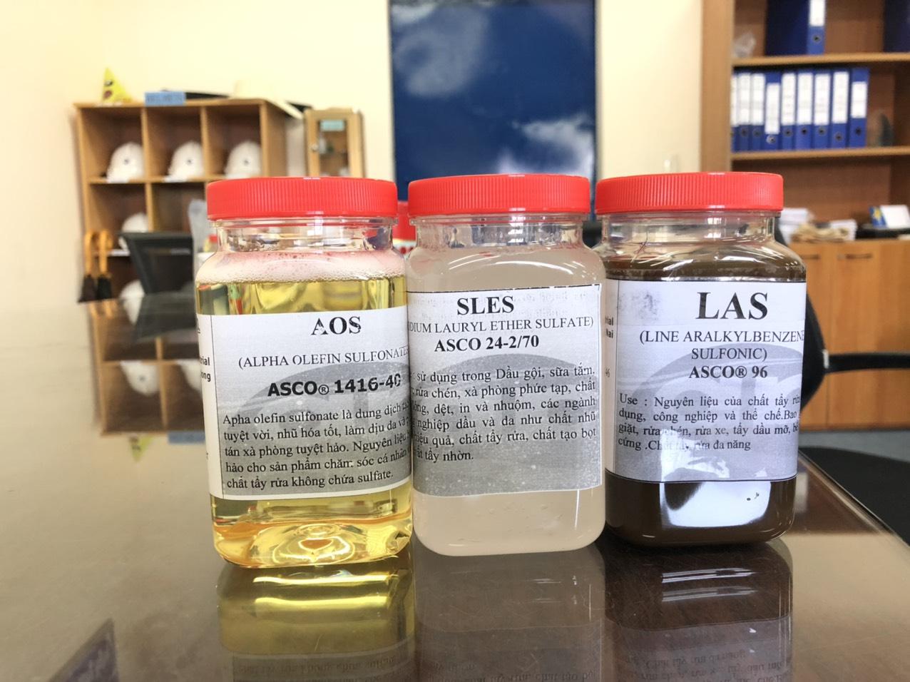 Sự khác biệt về số lượng phân tử epoxyethane (EO) trong SLES dẫn đến chức năng và ứng dụng khác nhau.